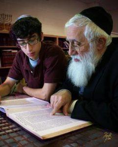 Rabbi_E_and_student